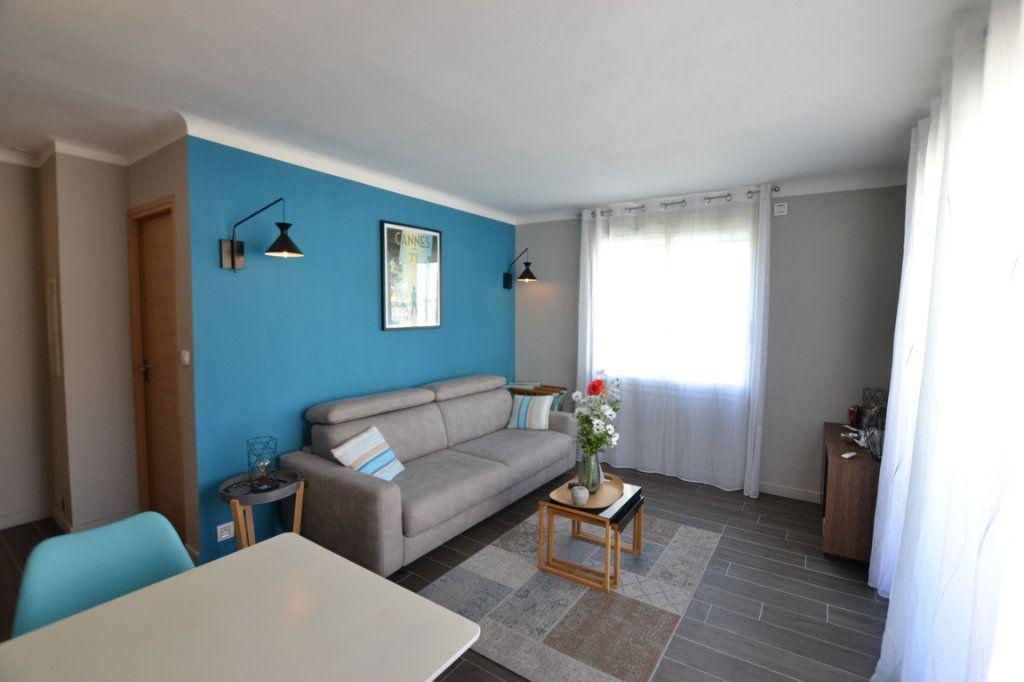 Appartement à vendre 2 34.7m2 à Cannes vignette-2