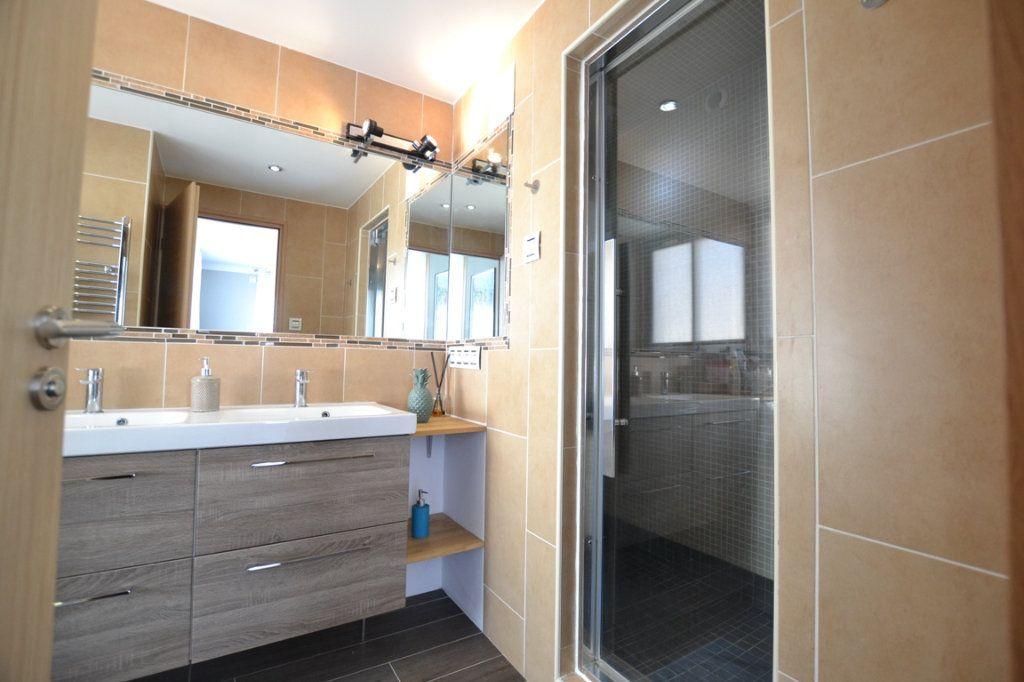Appartement à vendre 2 34.7m2 à Cannes vignette-6