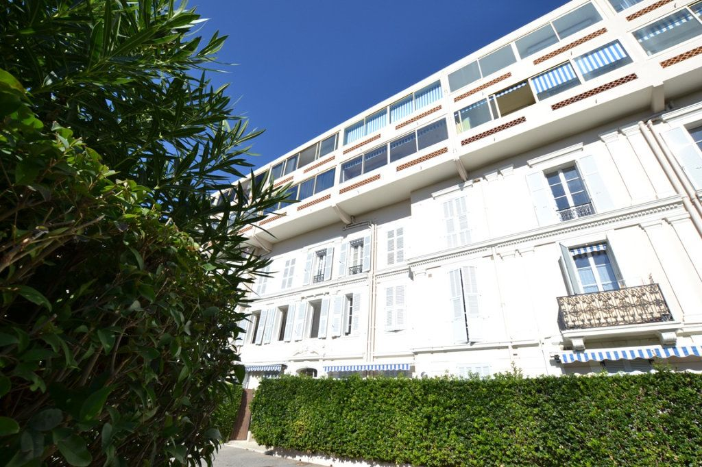 Appartement à vendre 2 34.7m2 à Cannes vignette-9