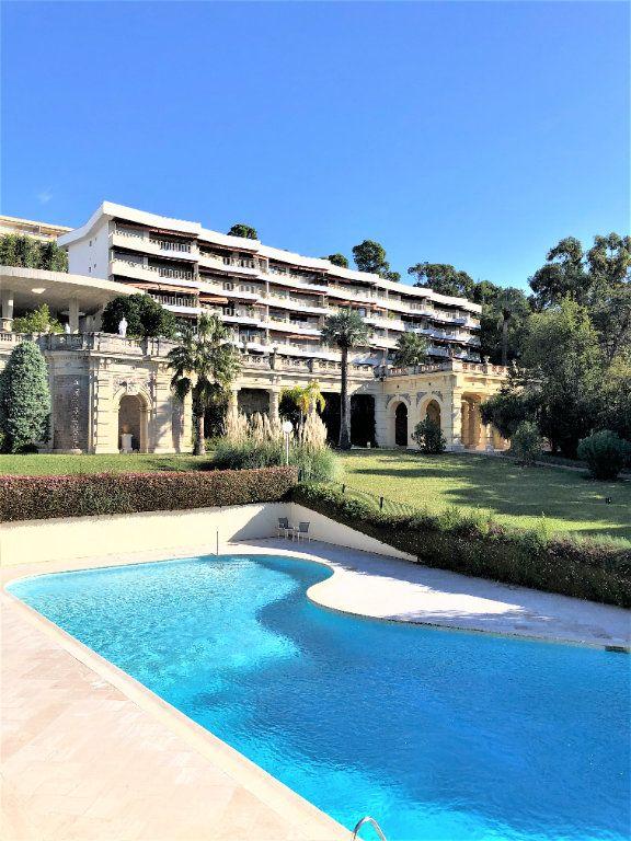Appartement à vendre 3 106.92m2 à Cannes vignette-1