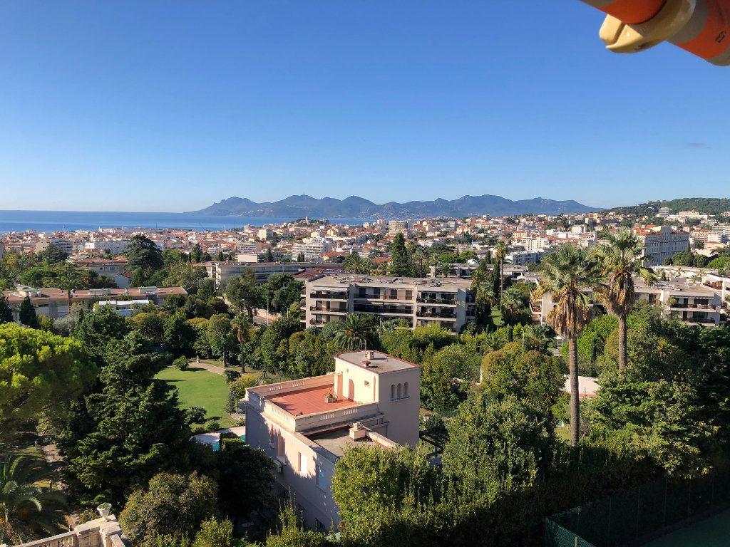 Appartement à vendre 3 106.92m2 à Cannes vignette-16