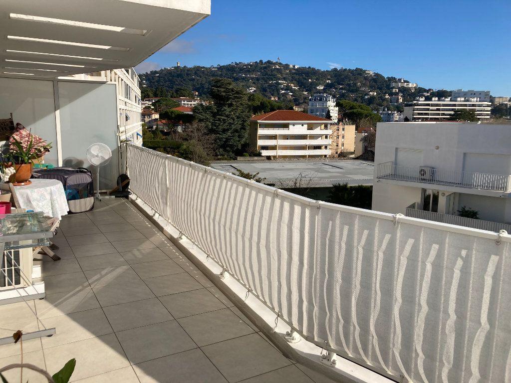 Appartement à vendre 2 43m2 à Cannes vignette-1