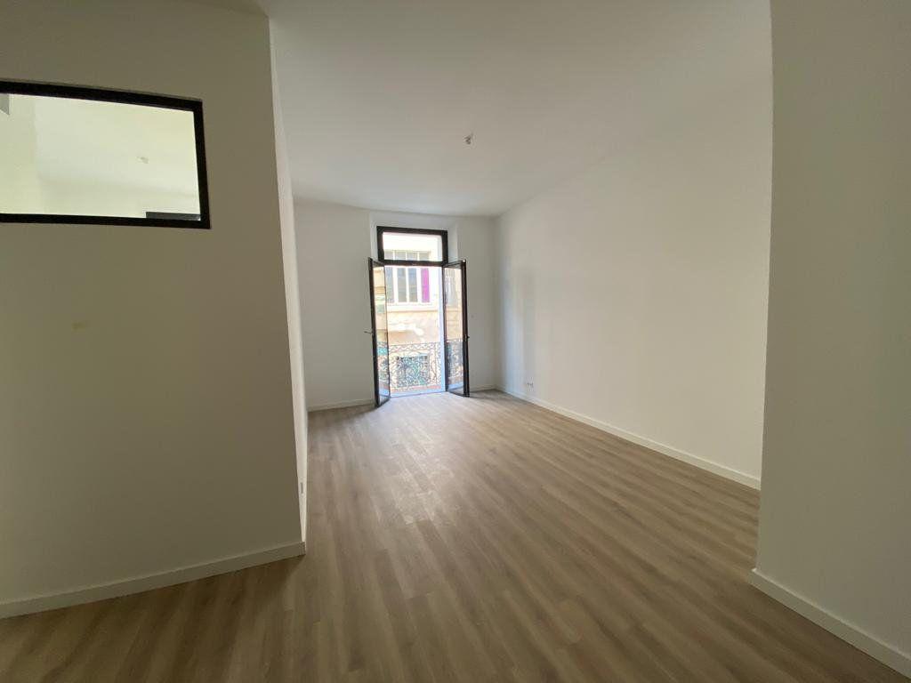 Appartement à vendre 3 56.3m2 à Cannes vignette-1