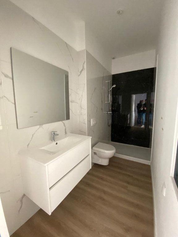 Appartement à vendre 3 56.3m2 à Cannes vignette-5