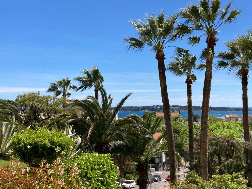Appartement à vendre 3 83.06m2 à Cannes vignette-1