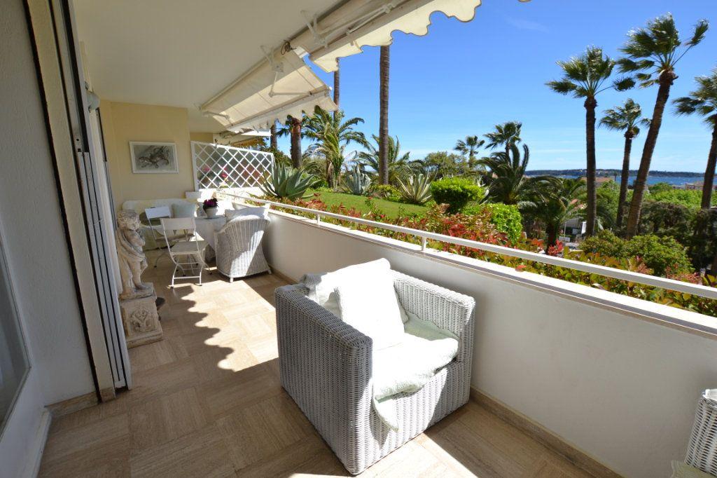 Appartement à vendre 3 83.06m2 à Cannes vignette-3