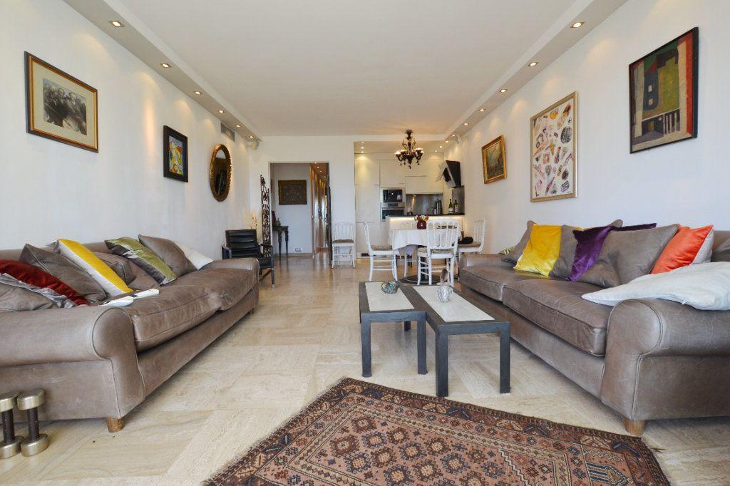 Appartement à vendre 3 83.06m2 à Cannes vignette-5