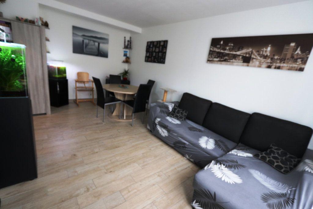 Appartement à vendre 3 55m2 à Les Pavillons-sous-Bois vignette-1