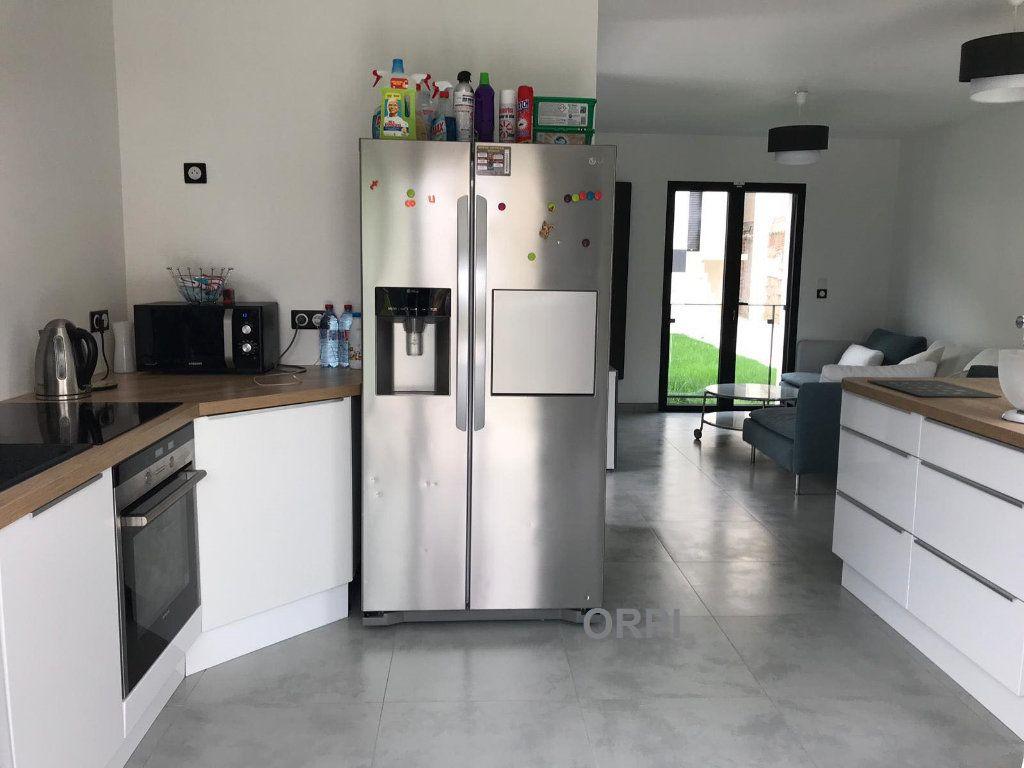 Maison à vendre 3 65m2 à Livry-Gargan vignette-1