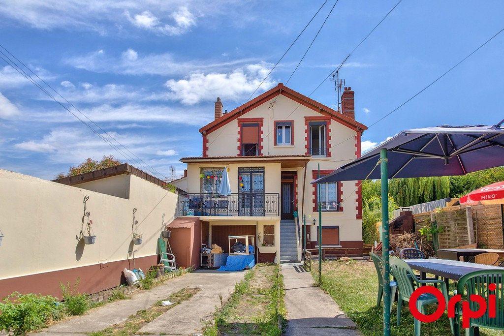 Maison à vendre 9 207m2 à Le Blanc-Mesnil vignette-1
