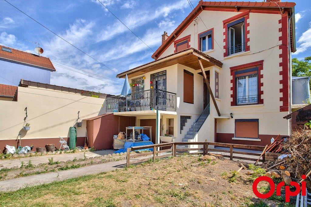 Maison à vendre 9 207m2 à Le Blanc-Mesnil vignette-10