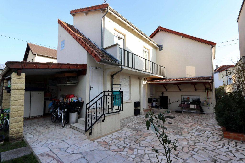 Maison à vendre 5 130m2 à Les Pavillons-sous-Bois vignette-2