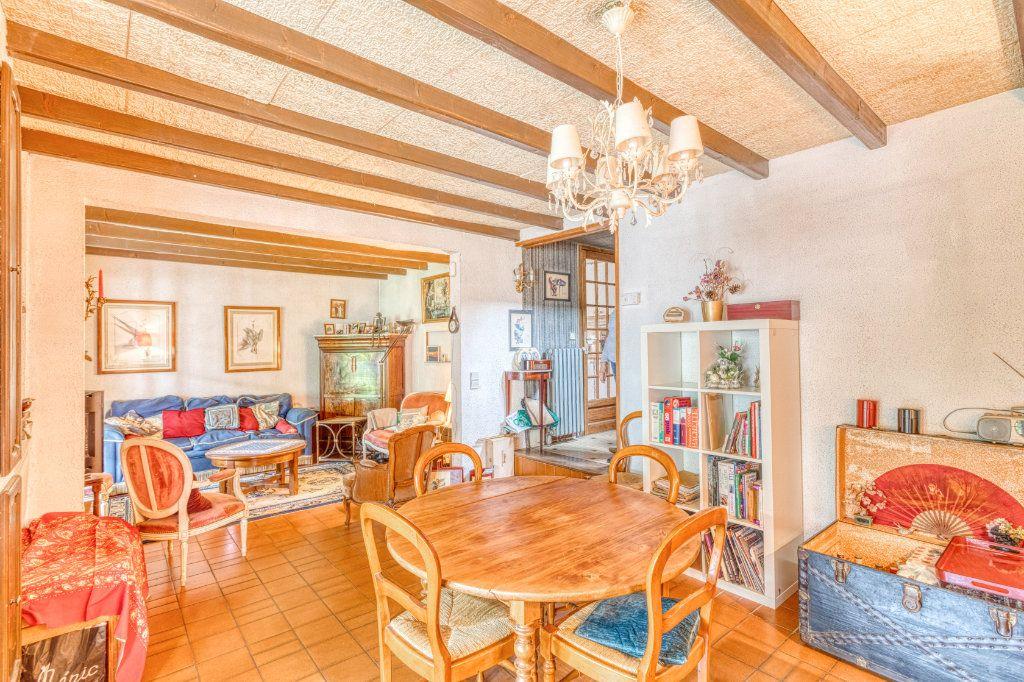 Maison à vendre 4 94m2 à Livry-Gargan vignette-3