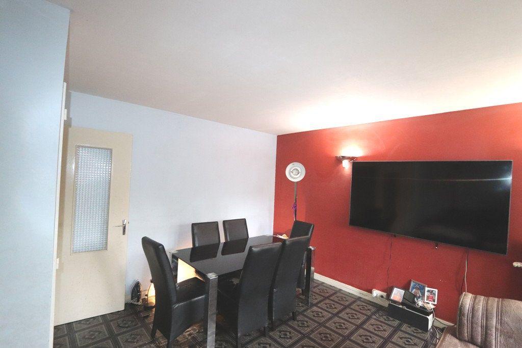 Appartement à vendre 3 64m2 à Bondy vignette-3