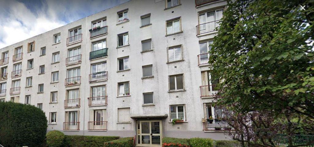 Appartement à louer 3 54.78m2 à Les Pavillons-sous-Bois vignette-1