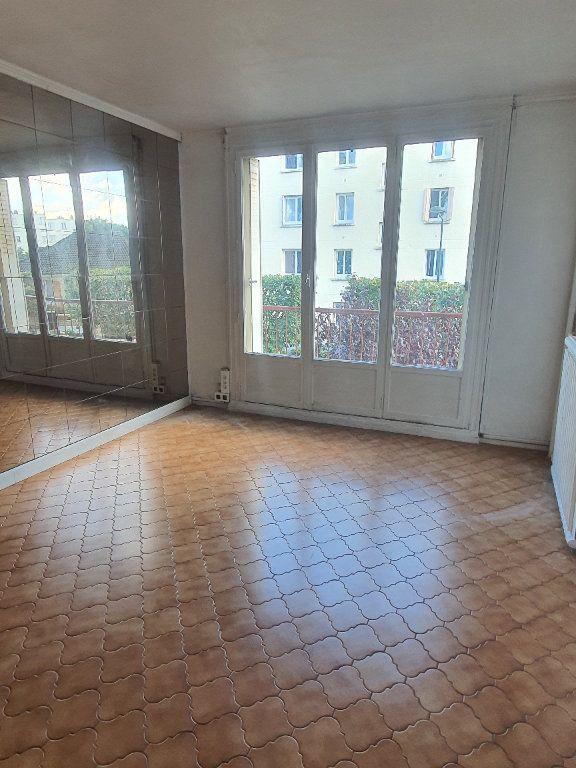 Appartement à louer 3 54.78m2 à Les Pavillons-sous-Bois vignette-2