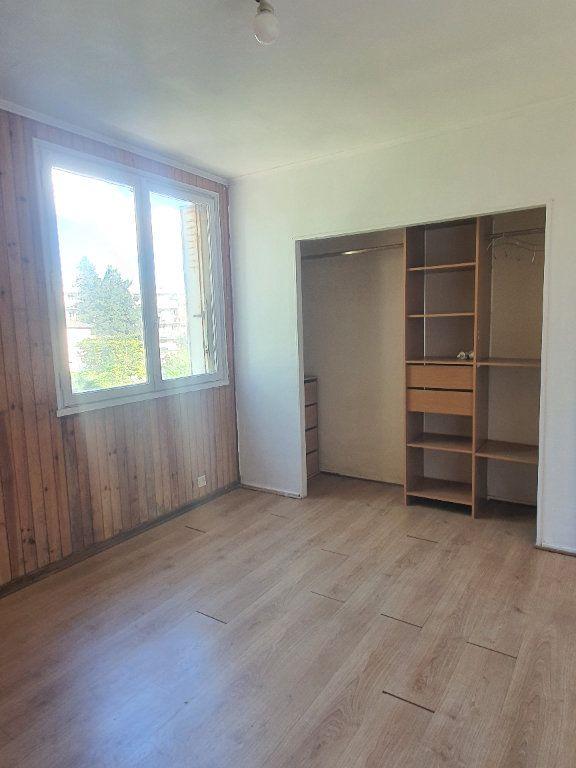 Appartement à louer 3 54.78m2 à Les Pavillons-sous-Bois vignette-4