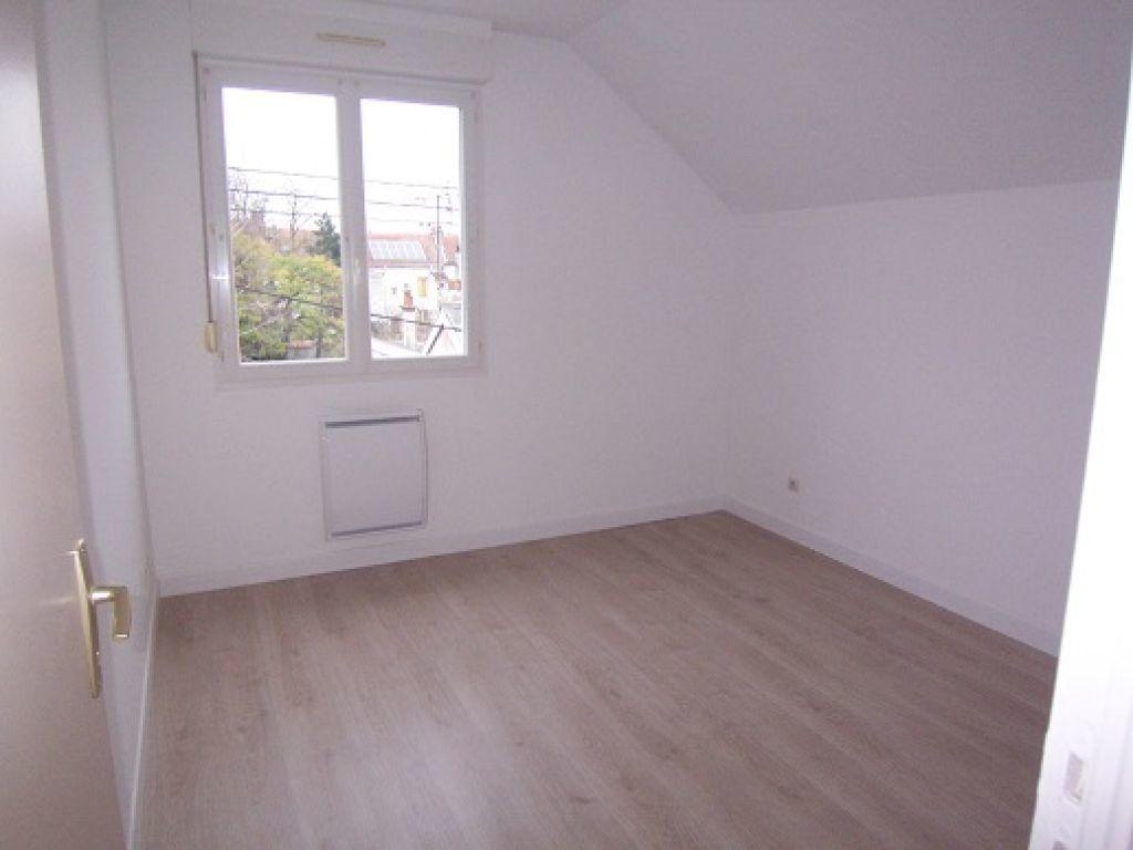 Appartement à louer 2 48m2 à Reims vignette-3