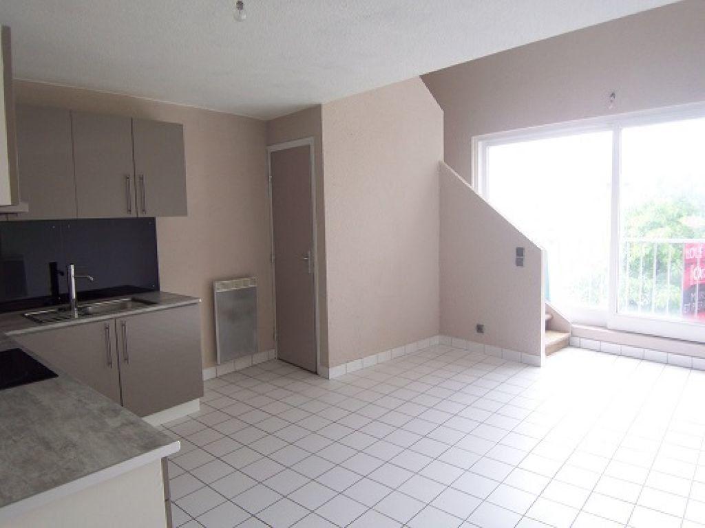 Appartement à louer 3 42.83m2 à Reims vignette-2