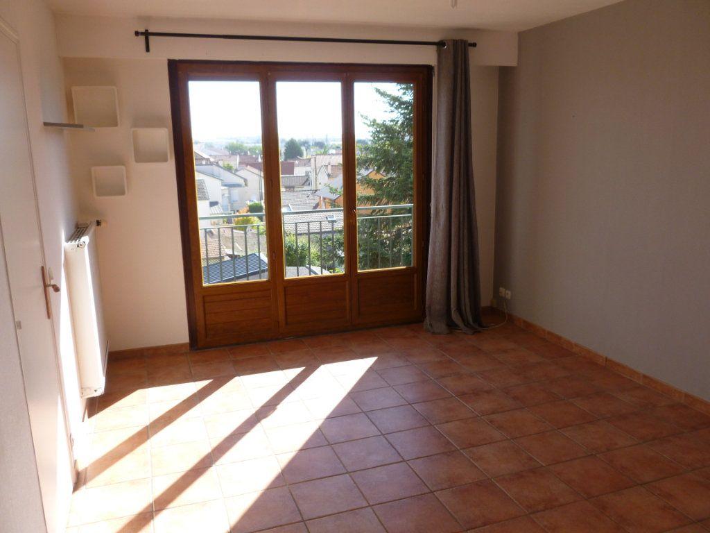 Appartement à louer 2 48.79m2 à Reims vignette-2