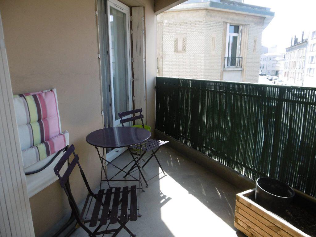 Appartement à louer 4 86.47m2 à Reims vignette-7