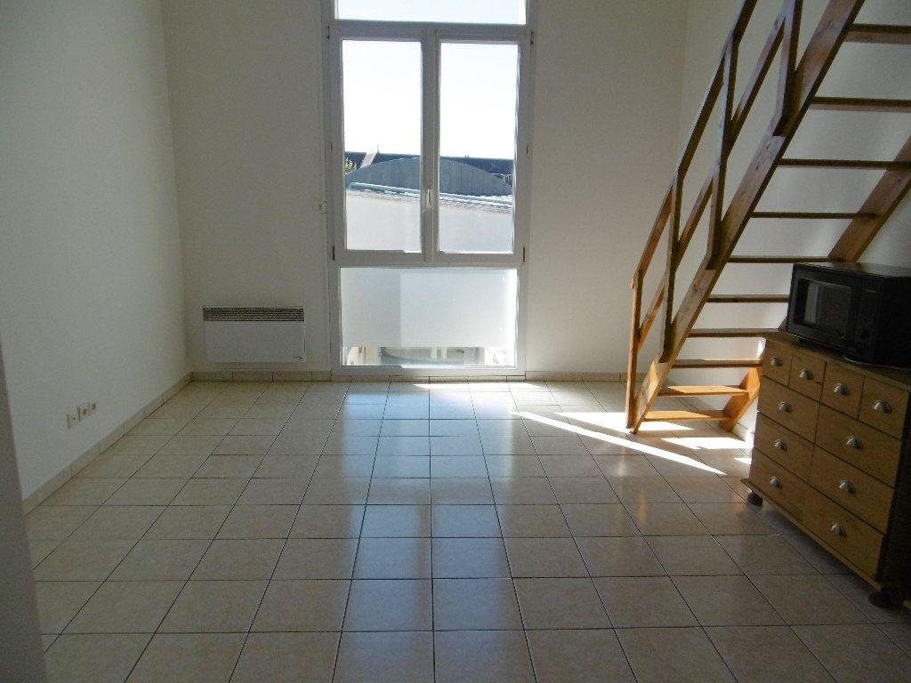 Appartement à louer 2 34.76m2 à Reims vignette-1