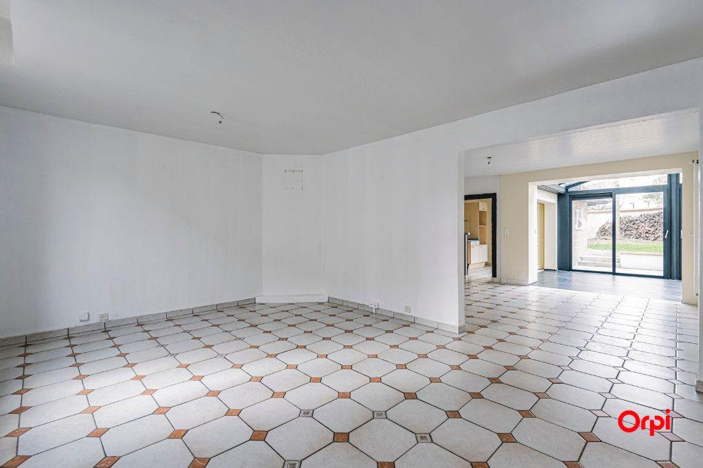 Maison à louer 9 187.72m2 à Reims vignette-2