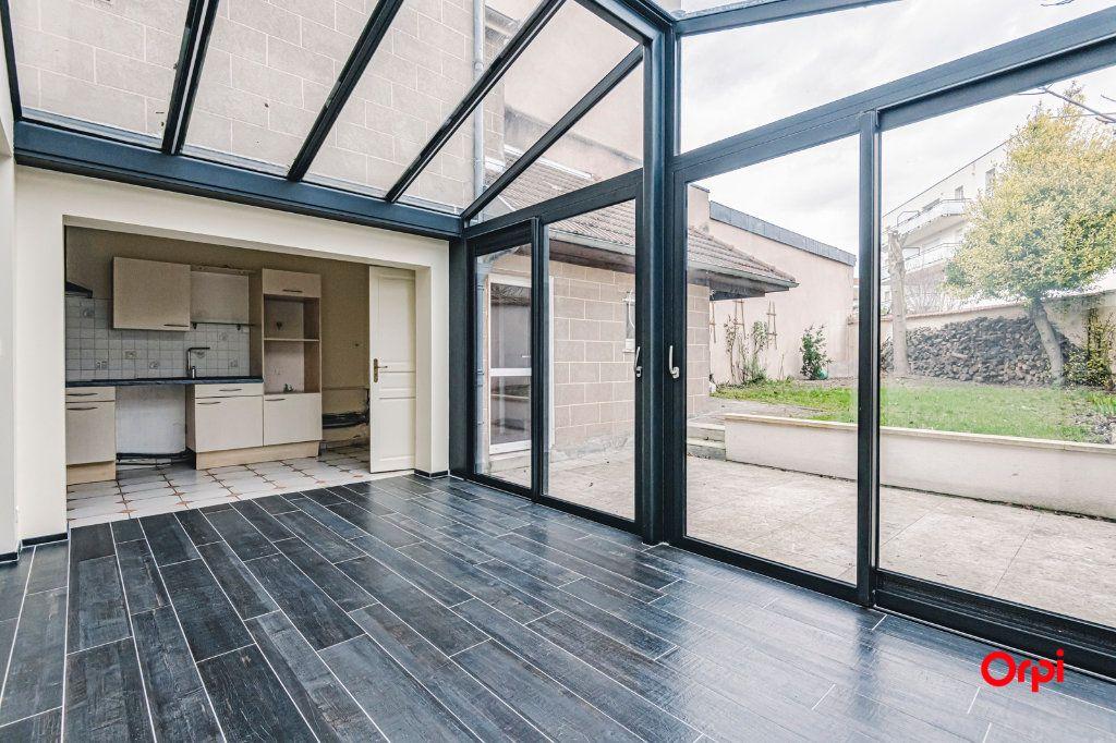 Maison à louer 9 187.72m2 à Reims vignette-3