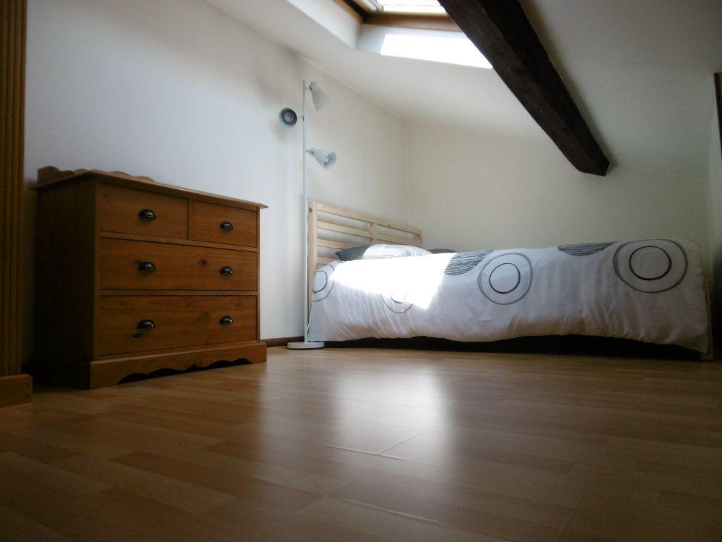 Appartement à louer 1 21.4m2 à Reims vignette-4