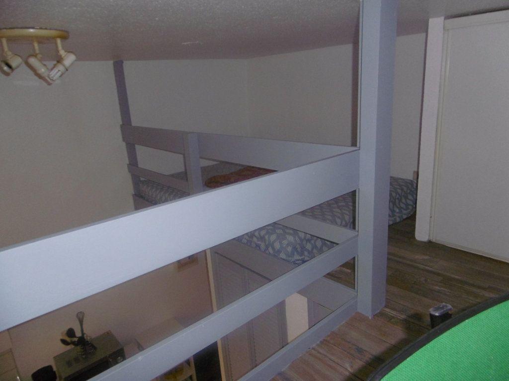Appartement à louer 1 13.59m2 à Reims vignette-3