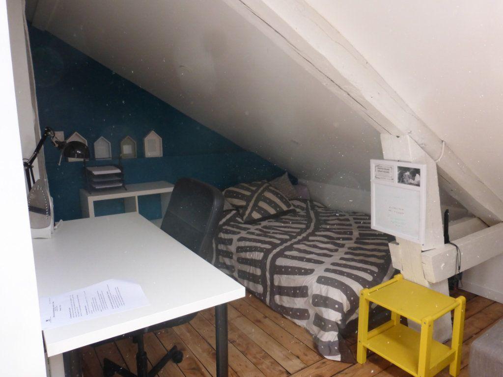 Appartement à louer 1 13.39m2 à Reims vignette-2