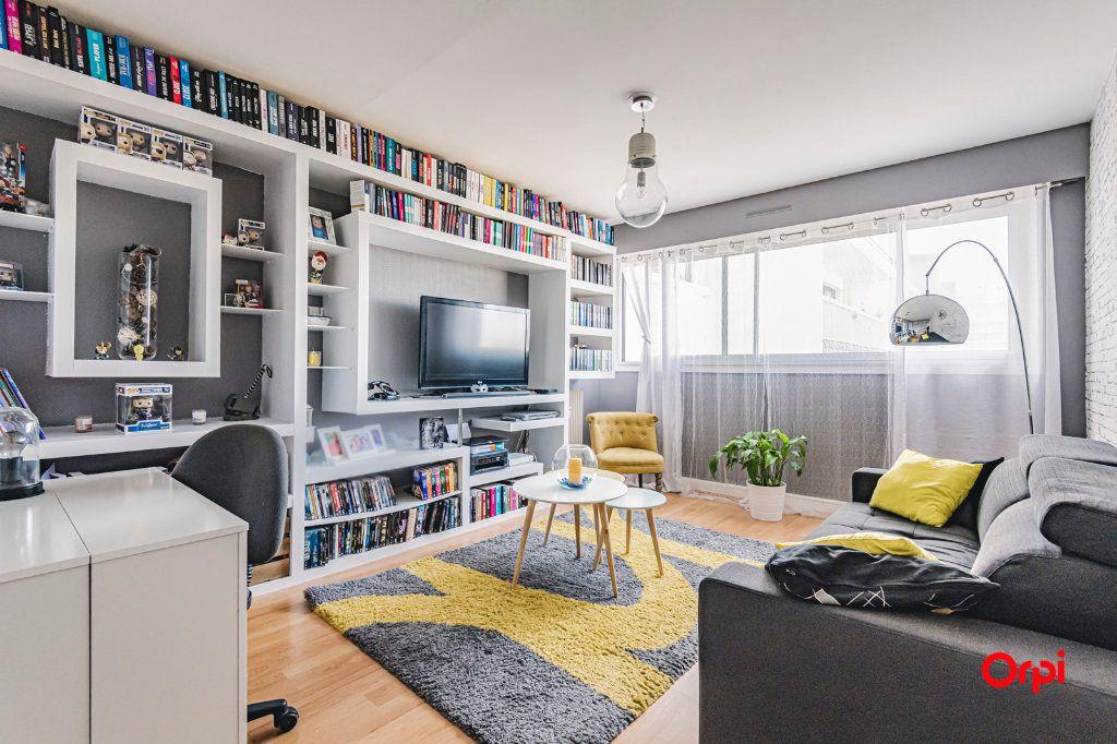 Appartement à vendre 2 54.04m2 à Reims vignette-1