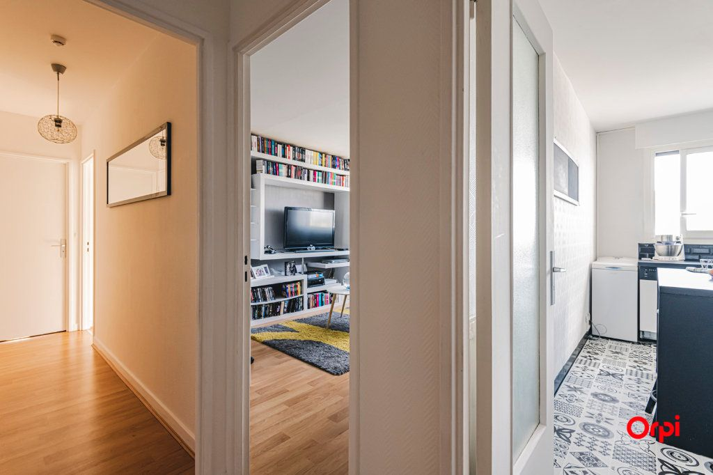 Appartement à vendre 2 54.04m2 à Reims vignette-6