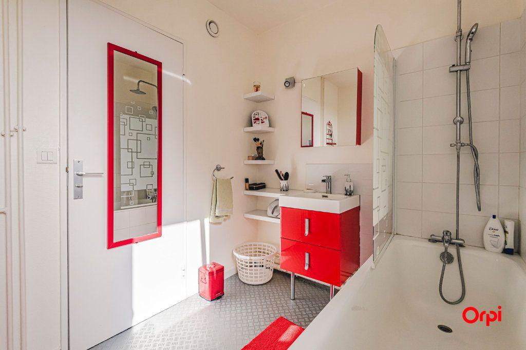 Appartement à vendre 2 54.04m2 à Reims vignette-8