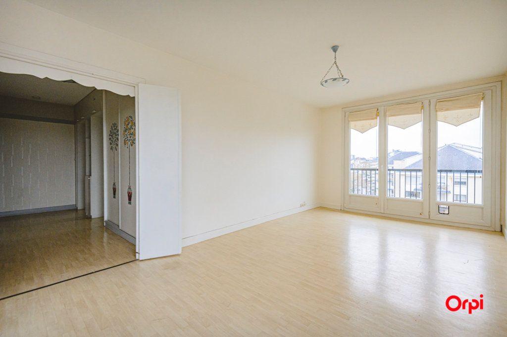 Appartement à vendre 3 58.08m2 à Reims vignette-2
