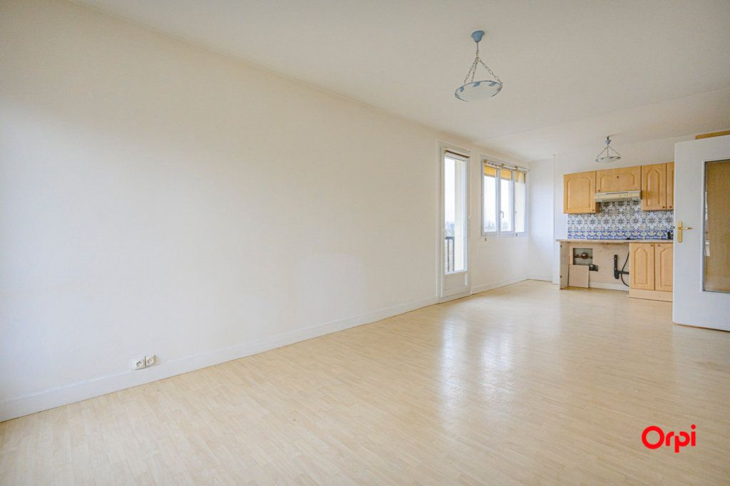 Appartement à vendre 3 58.08m2 à Reims vignette-4