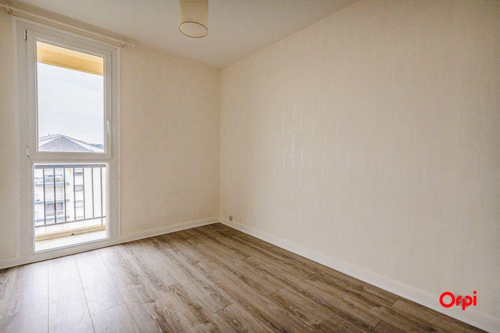 Appartement à vendre 3 58.08m2 à Reims vignette-8