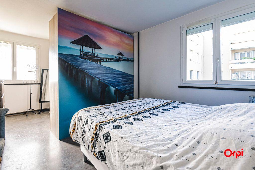 Appartement à vendre 5 109.64m2 à Reims vignette-4