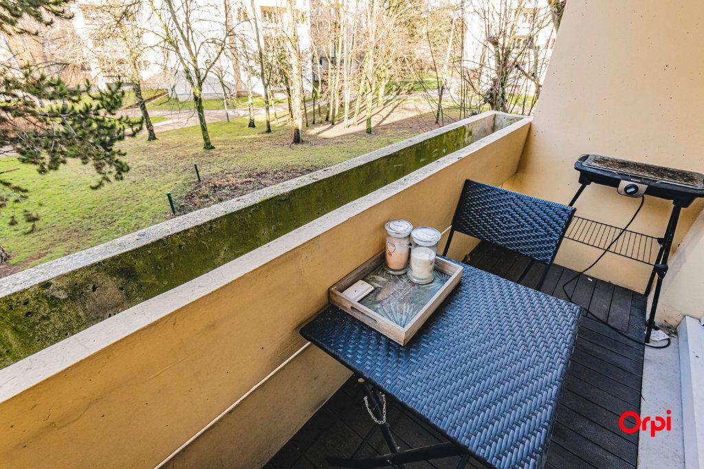 Appartement à vendre 5 109.64m2 à Reims vignette-9