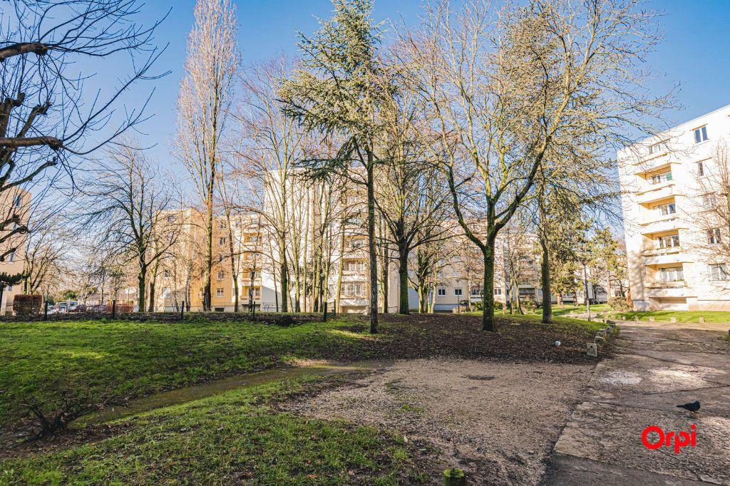 Appartement à vendre 5 109.64m2 à Reims vignette-10