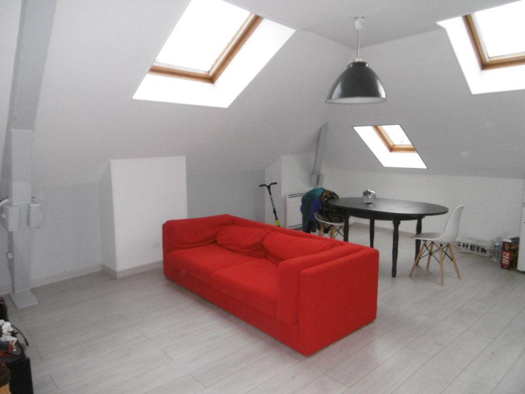 Appartement à louer 2 31.87m2 à Reims vignette-1