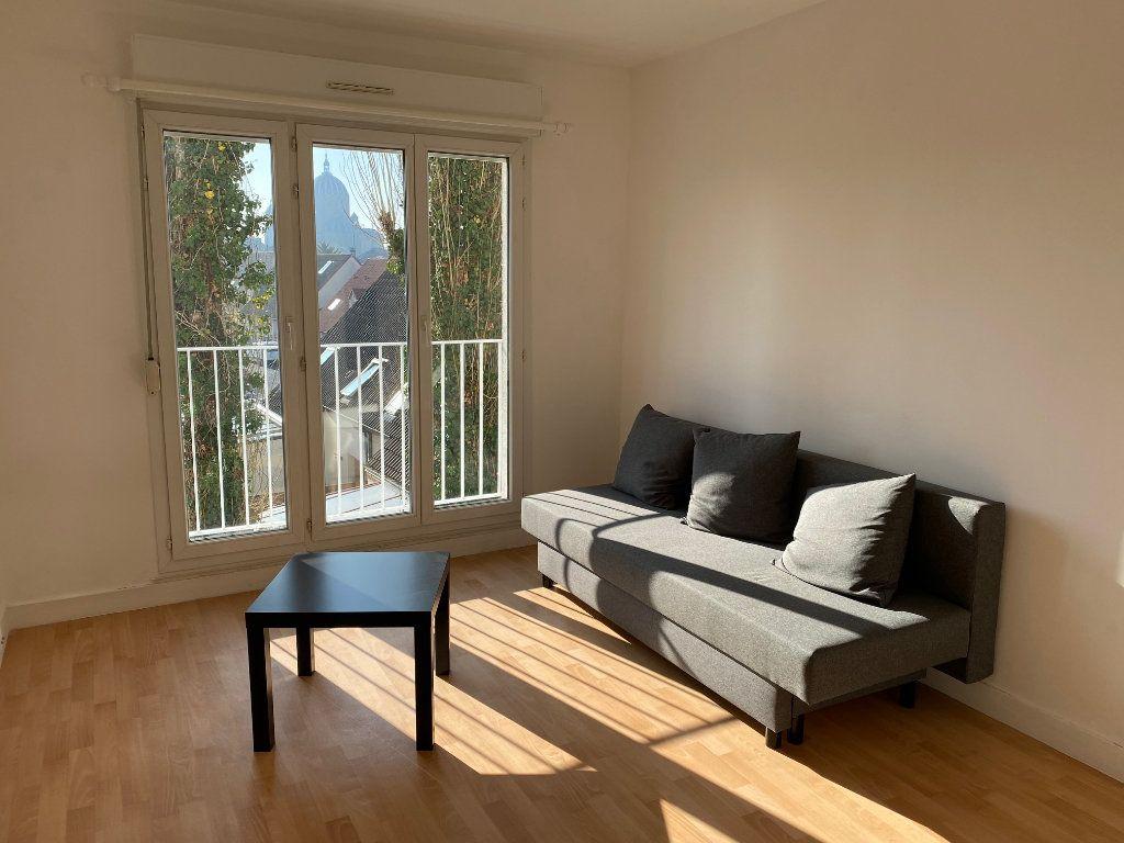 Appartement à louer 2 44.65m2 à Reims vignette-1