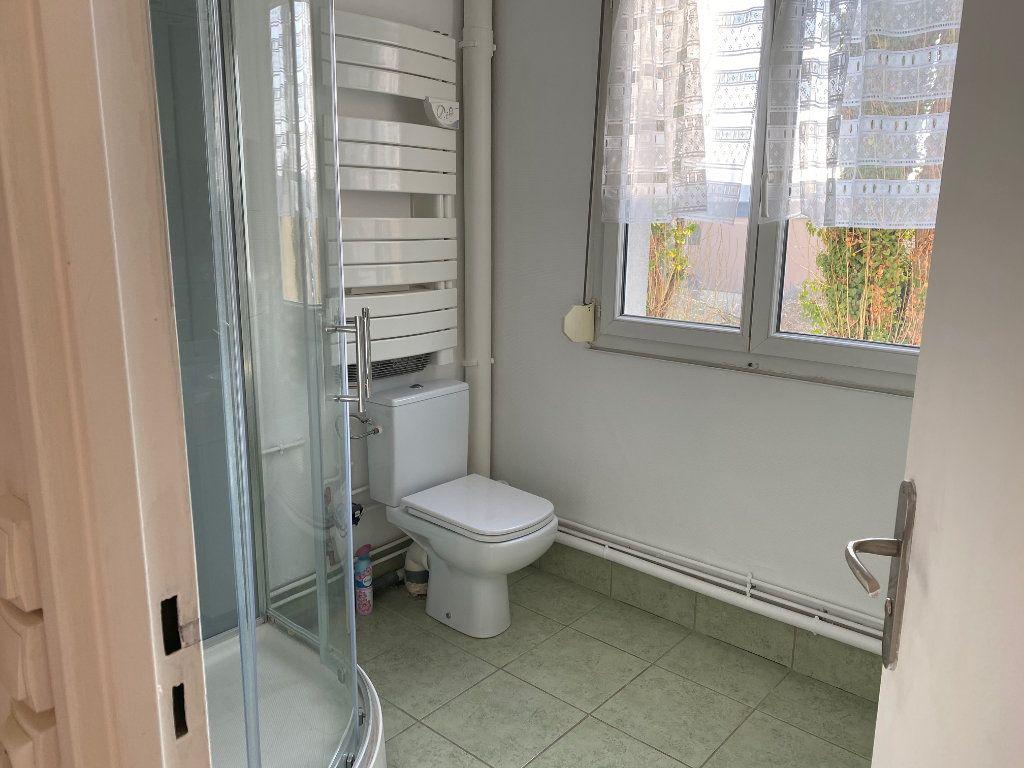 Appartement à louer 2 44.65m2 à Reims vignette-5