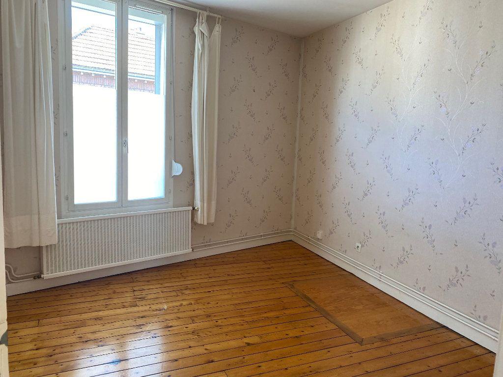 Appartement à louer 2 43.3m2 à Reims vignette-3