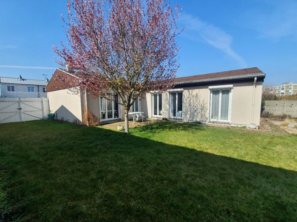 Maison à vendre 5 109.26m2 à Reims vignette-1
