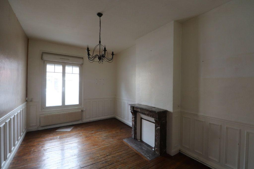 Appartement à vendre 2 61.68m2 à Reims vignette-2