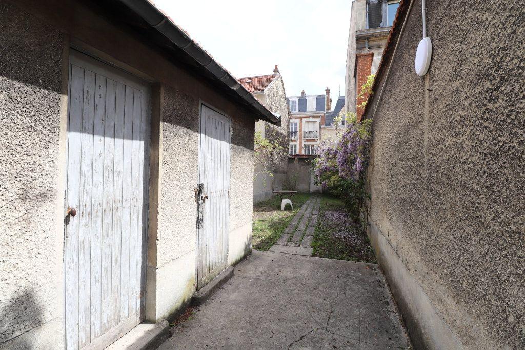 Appartement à vendre 2 61.68m2 à Reims vignette-6