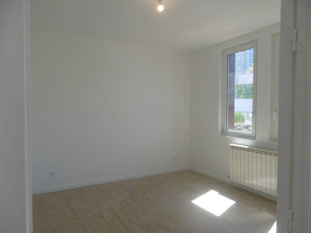 Maison à vendre 5 81m2 à Reims vignette-4