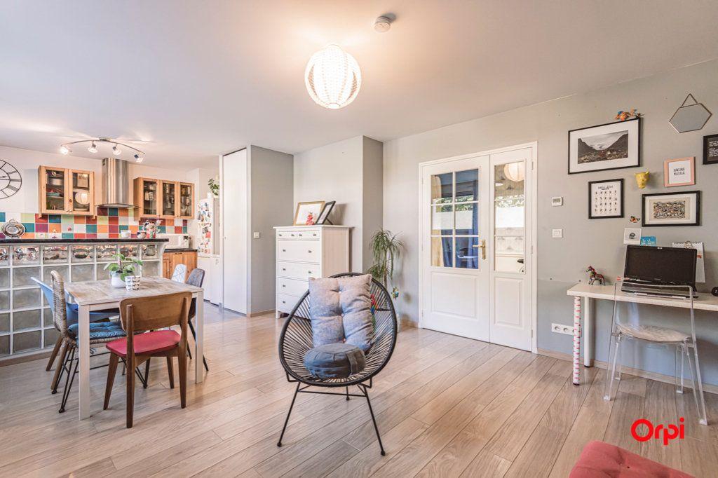 Appartement à vendre 2 52.32m2 à Reims vignette-1