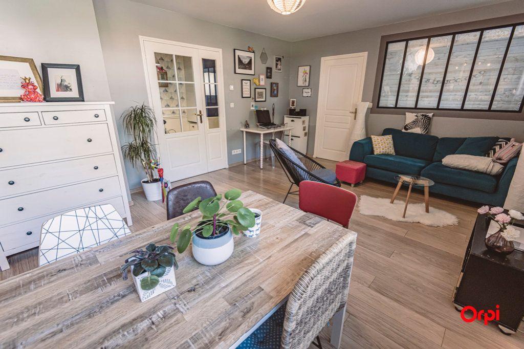 Appartement à vendre 2 52.32m2 à Reims vignette-2